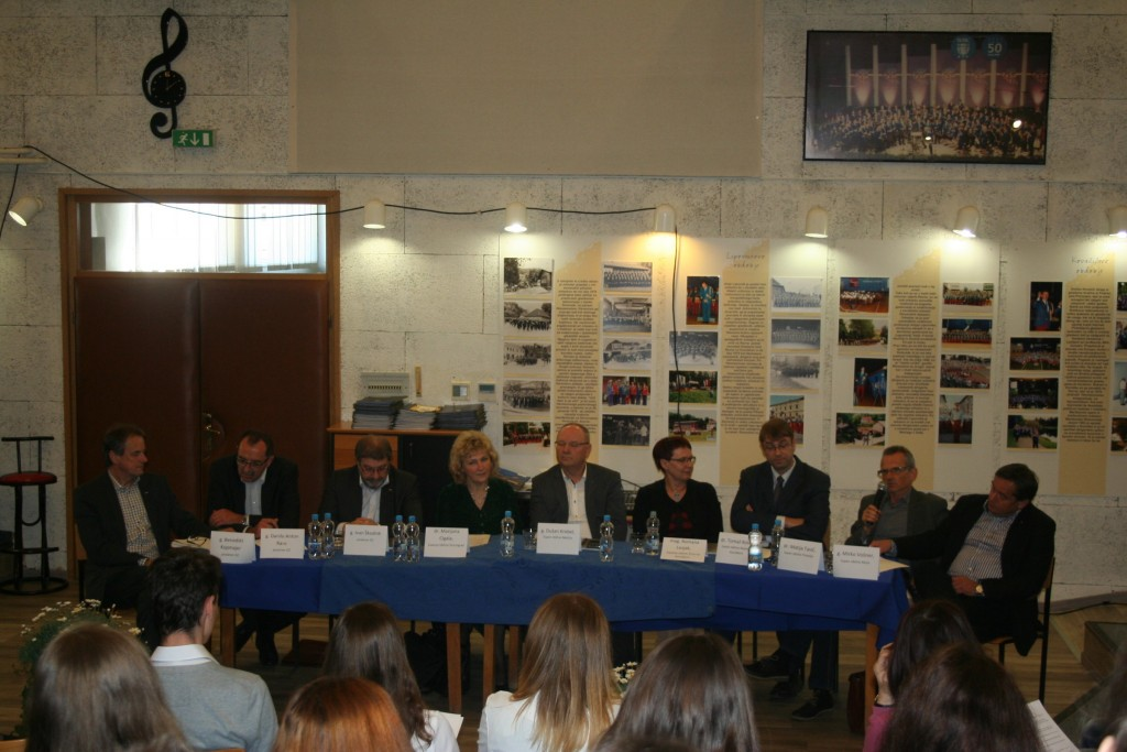 Okrogla miza s koroškimi župani in poslanci