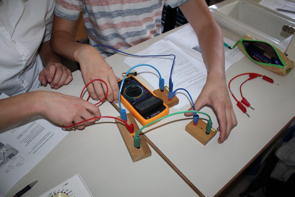 Elektronika in robotika